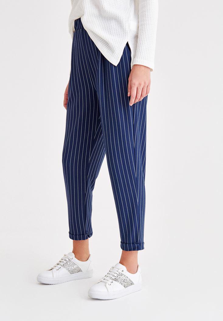 Bayan Lacivert Çizgili Havuç Kesim Pantolon