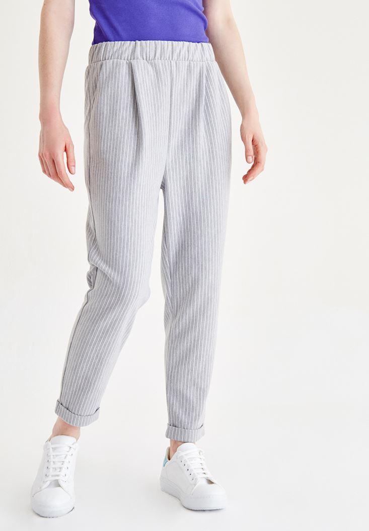 Gri Kısa Paça Çizgili Pantolon