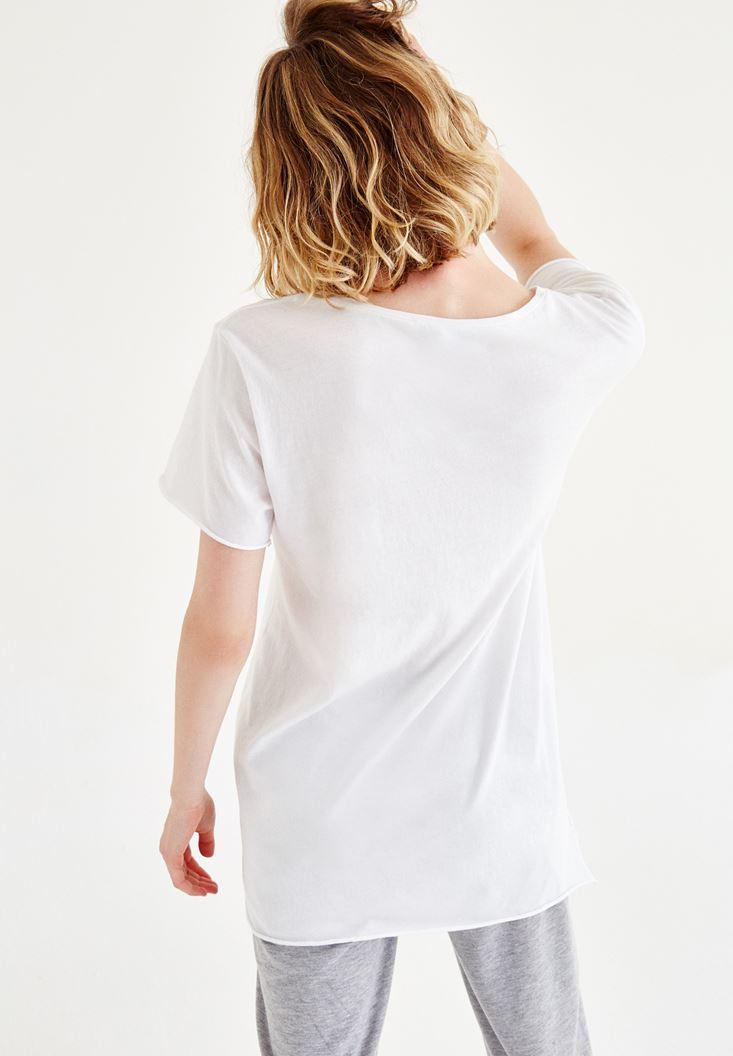 Bayan Beyaz Yırtık Detaylı Tişört