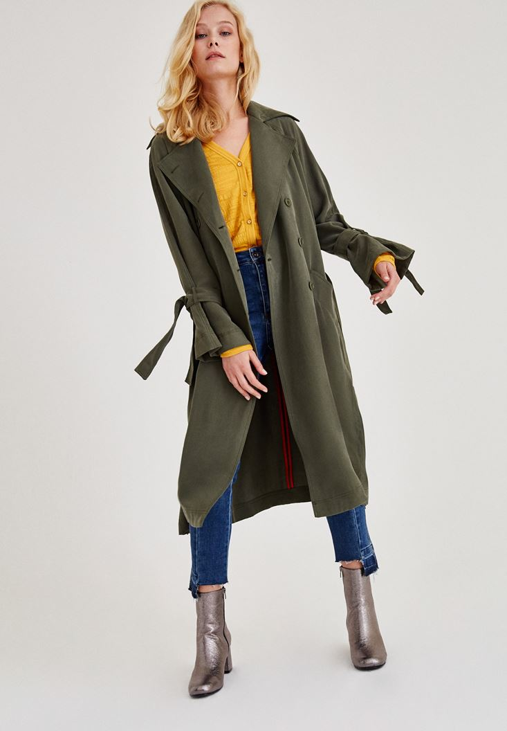 Green Trenchcoat With Arm Detailed