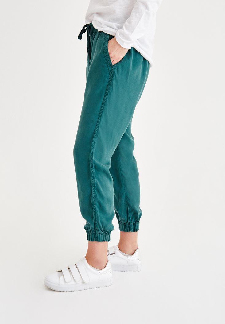 Bayan Yeşil Beli Lastikli Bağcıklı Havuç Pantolon