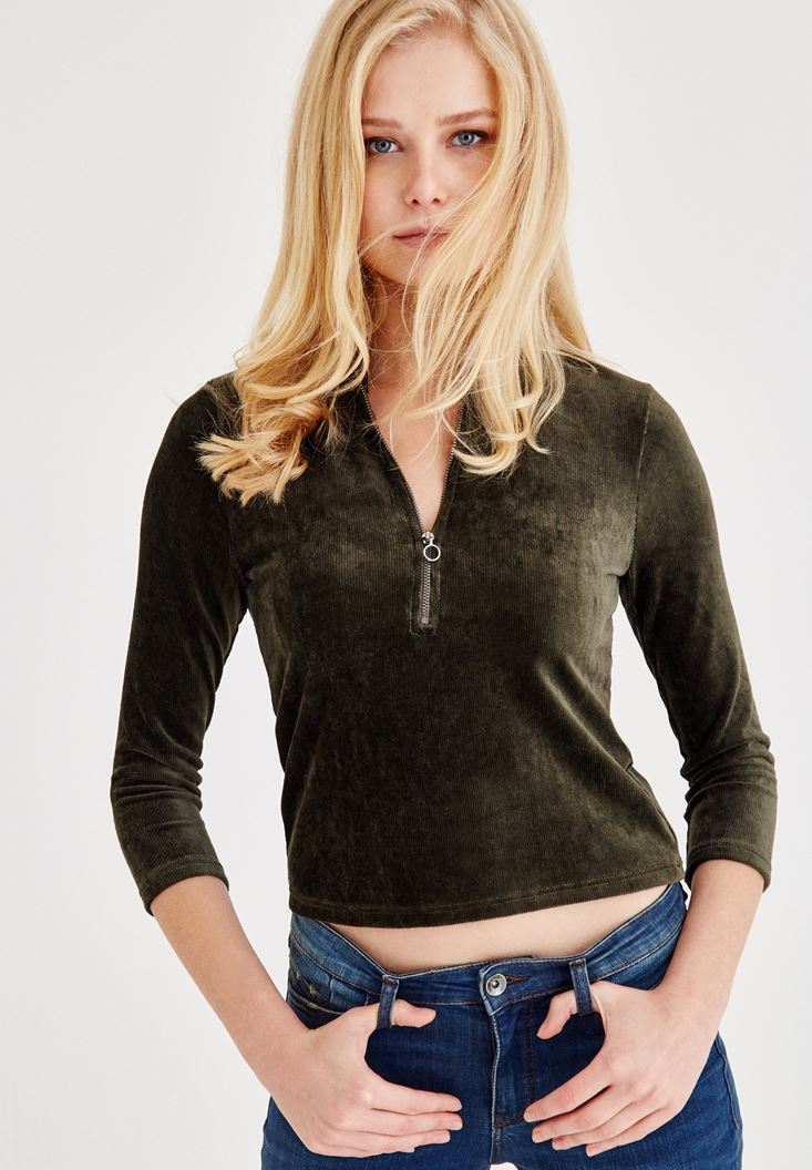Green Velvet Blouse With Zipper Detailed