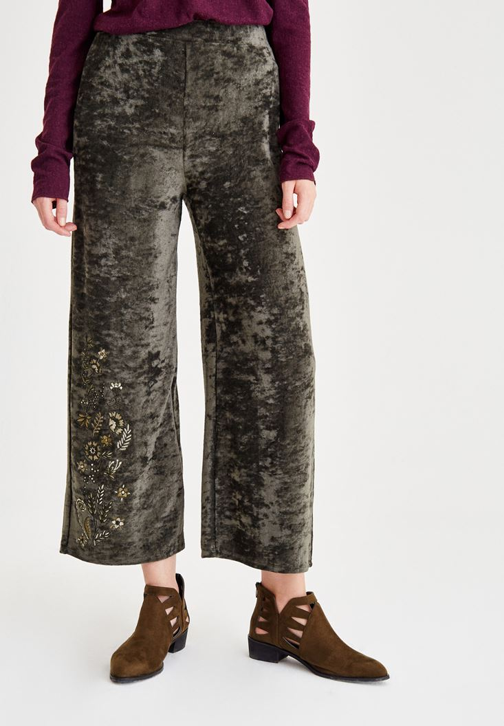 Green Embroidery Detailed Pants