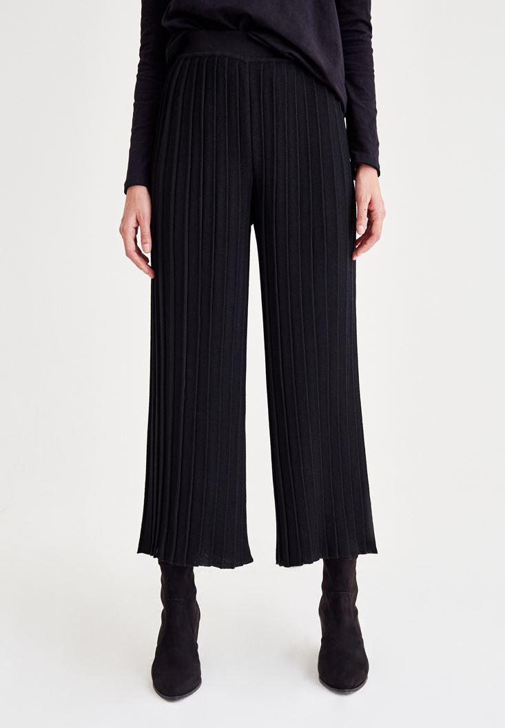 Siyah Pilili Bol Pantolon