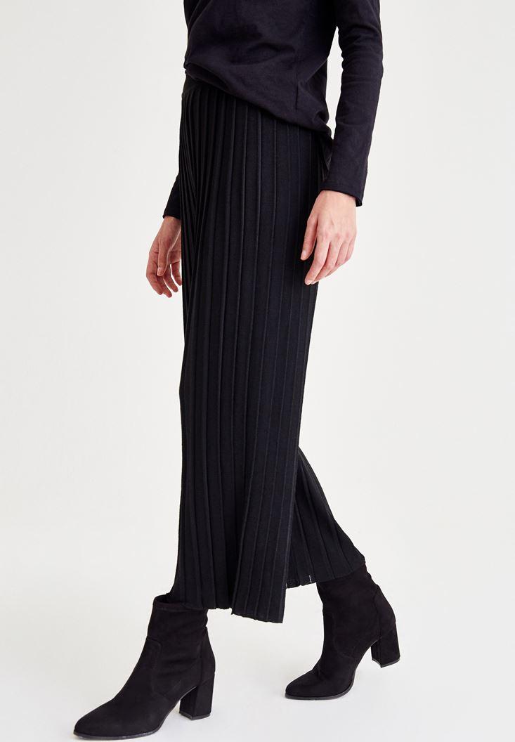 Bayan Siyah Pilili Bol Pantolon