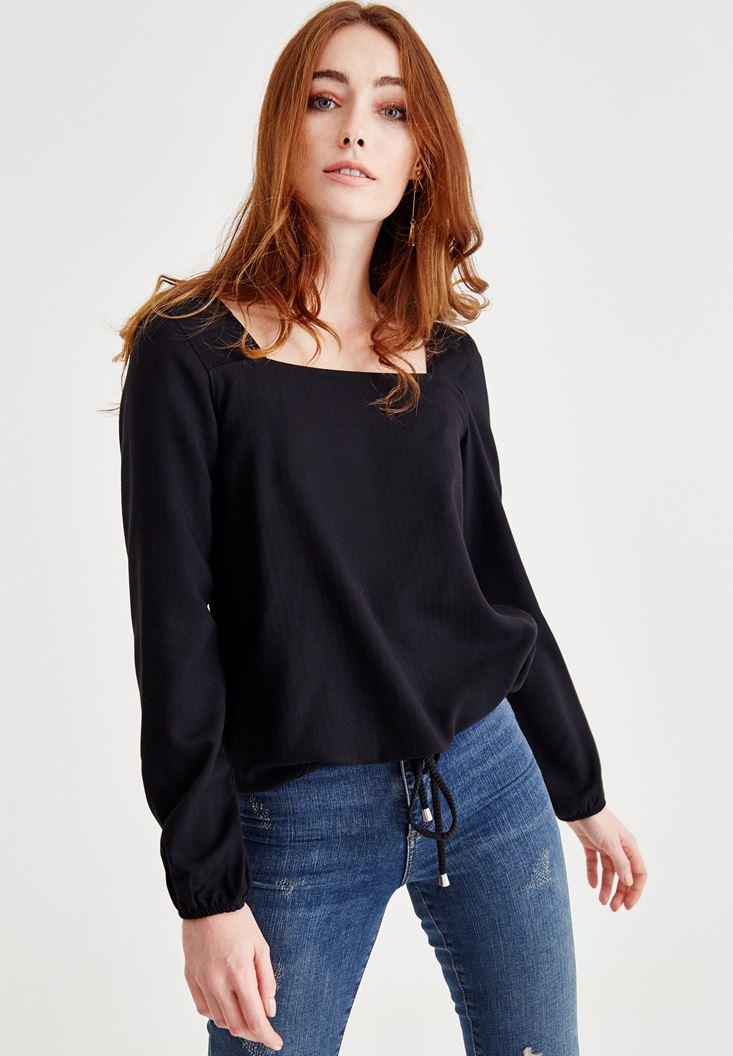 Siyah Kare Yaka Kol Detaylı Bluz