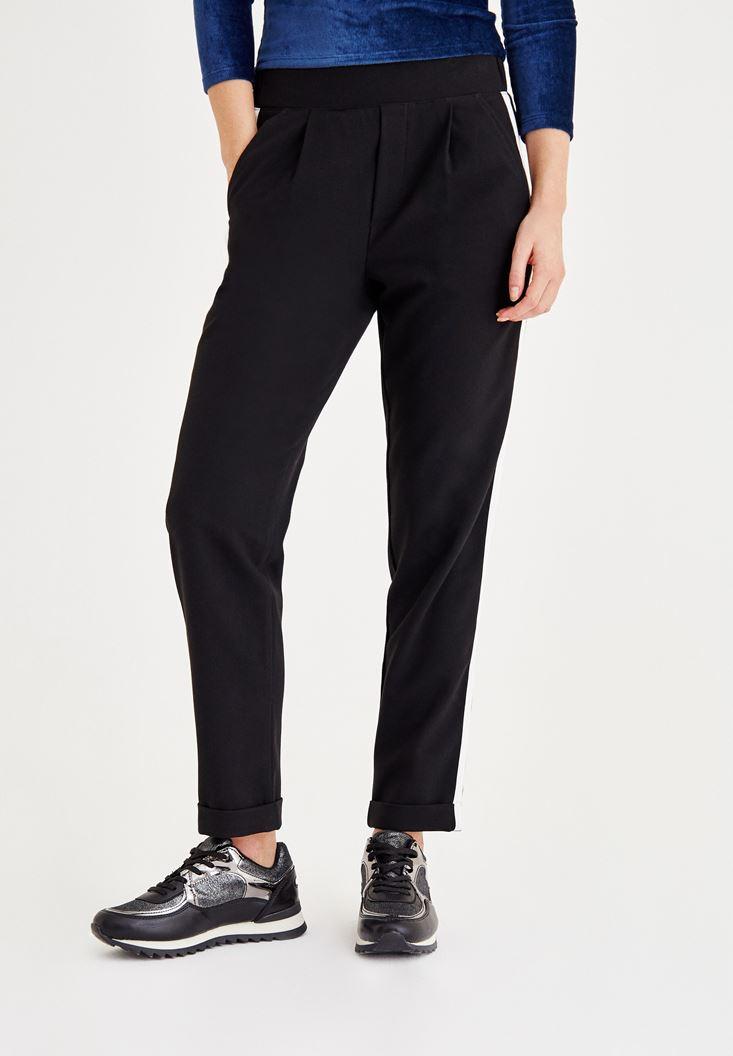 Siyah Şerit Detaylı Cepli Bol Pantolon