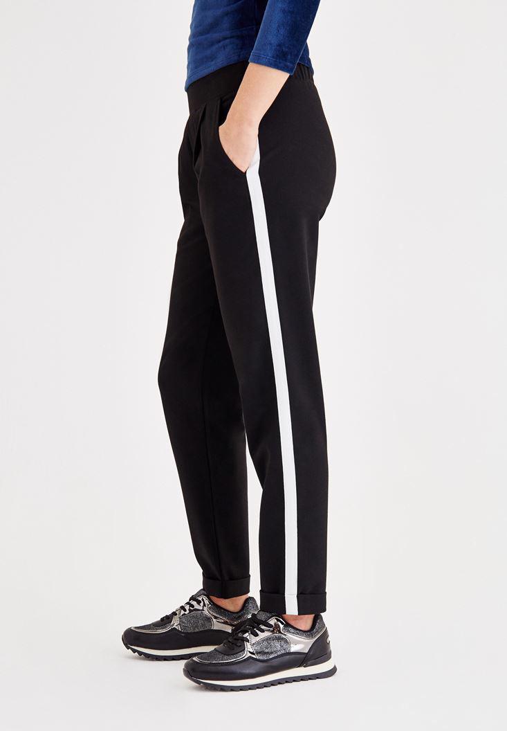 Bayan Siyah Şerit Detaylı Cepli Bol Pantolon