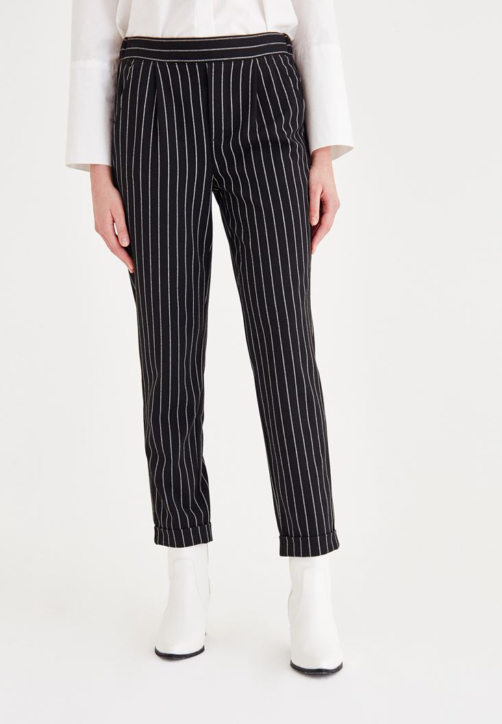Black Pants With Striped Detailed