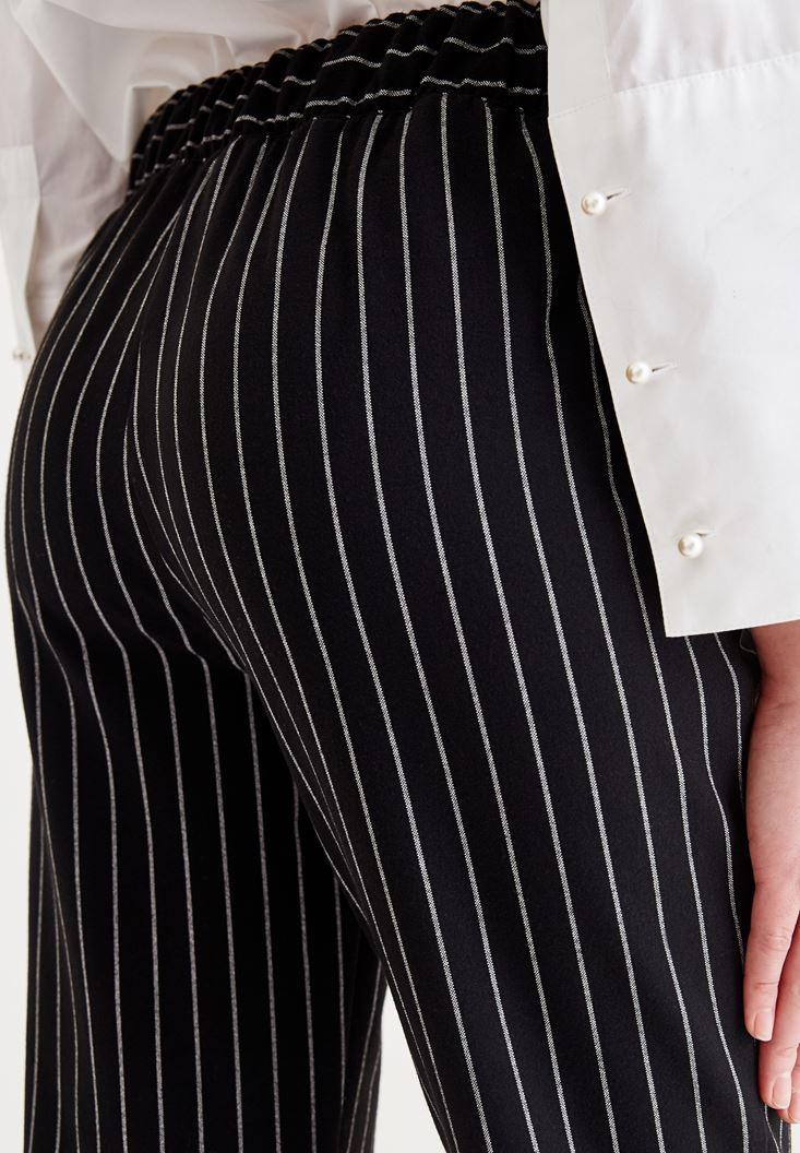 Bayan Siyah Çizgi Detaylı Cepli Pantolon