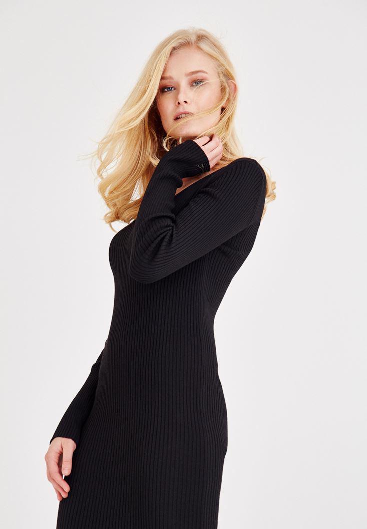 Bayan Siyah V Yaka Yırtmaç Detaylı Uzun Elbise