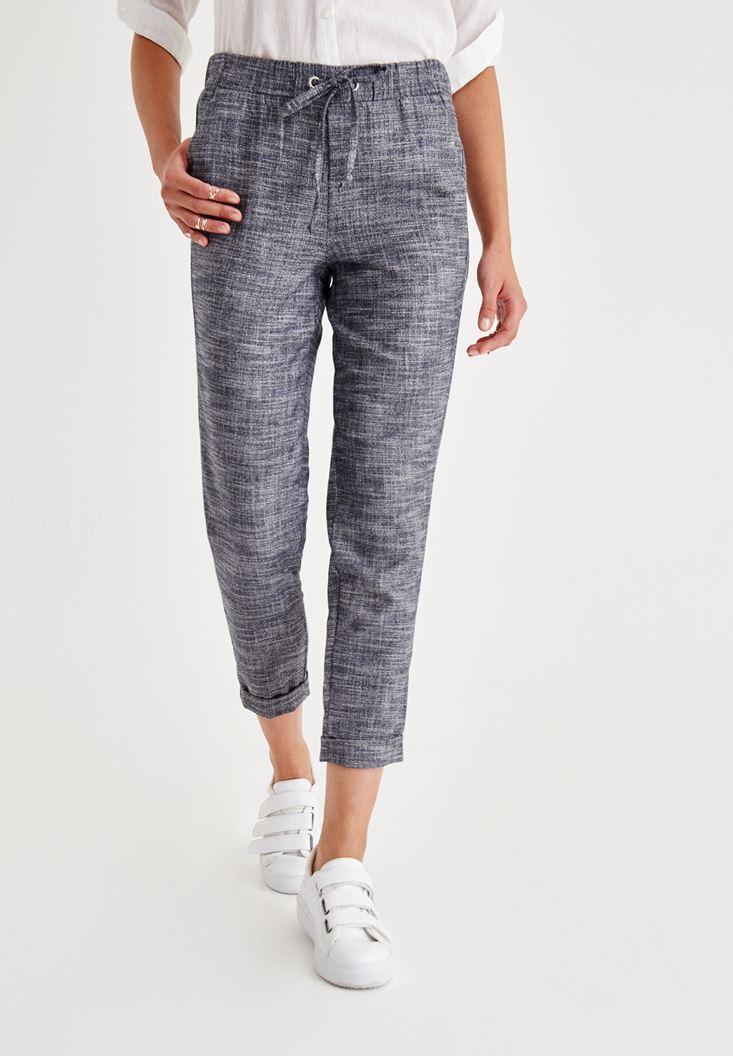 Siyah Beli Bağlama Detaylı Pantolon