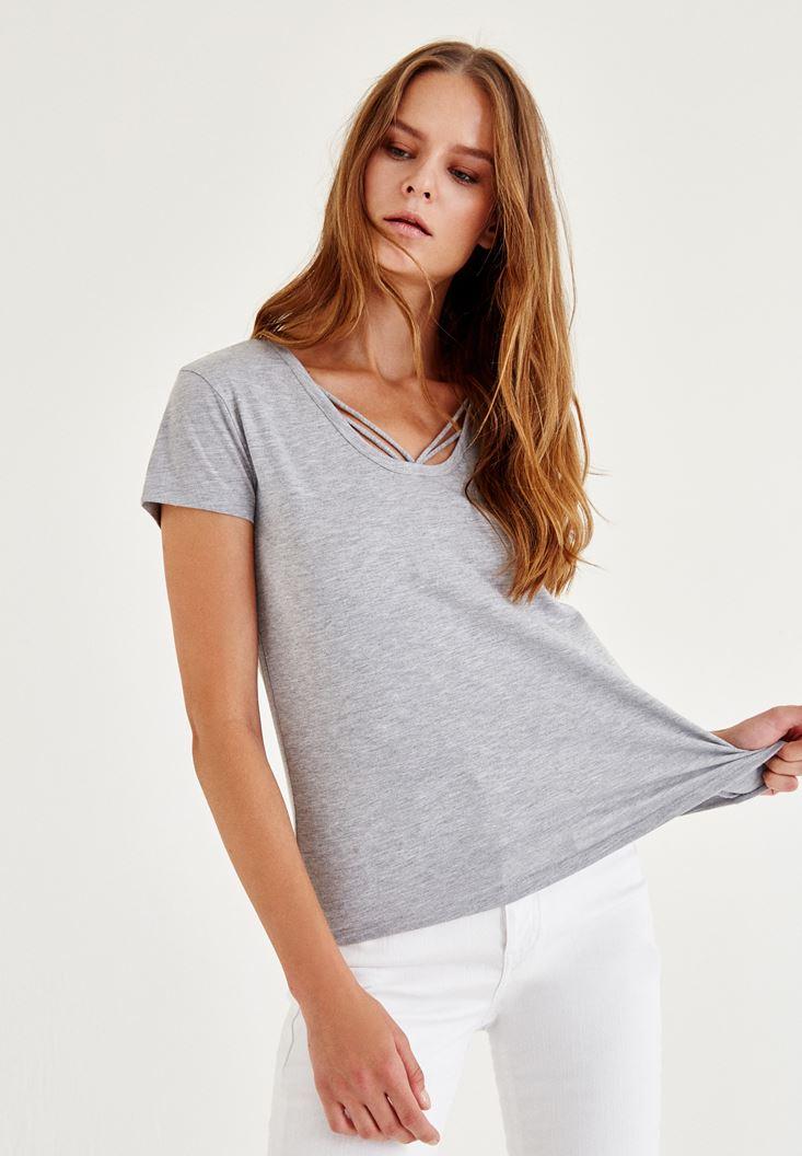 Gri Biye Detaylı Simli Tişört