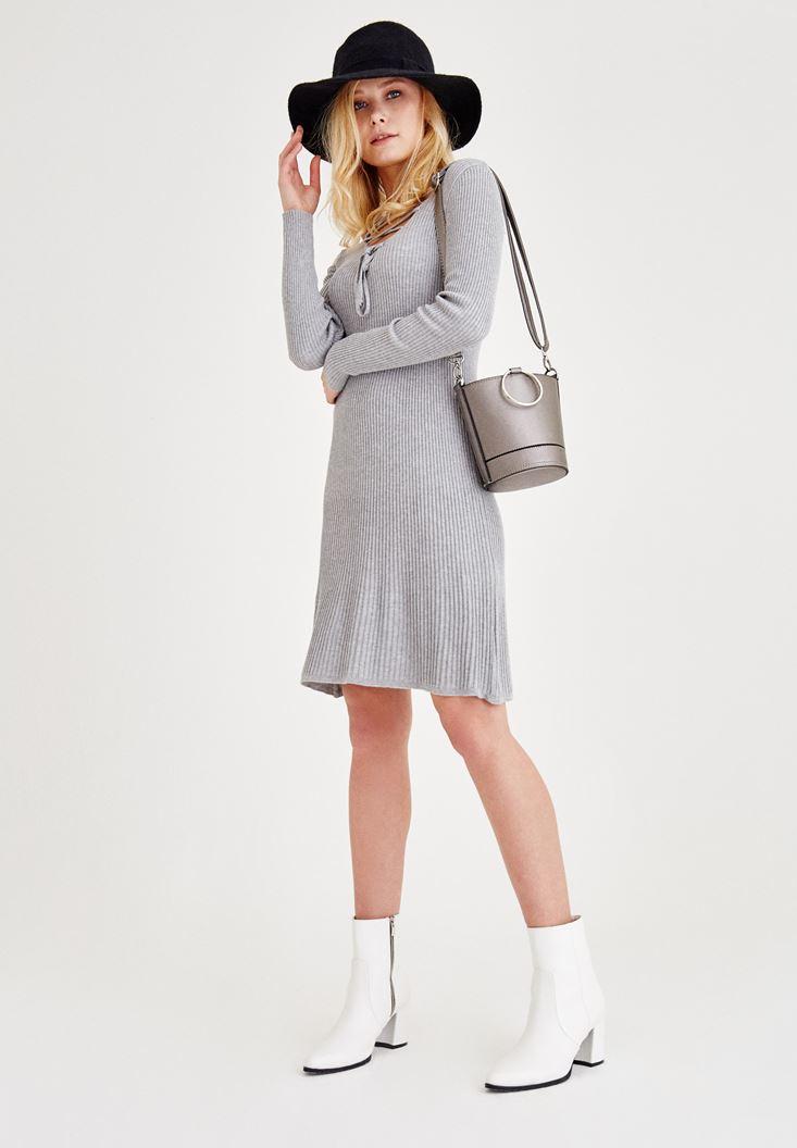 Gri Bağlama Detaylı Triko Elbise