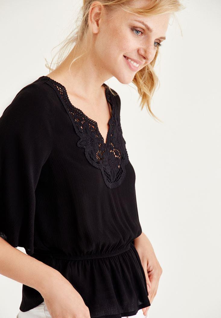 Bayan Siyah Nakışlı Beli Lastikli Bluz