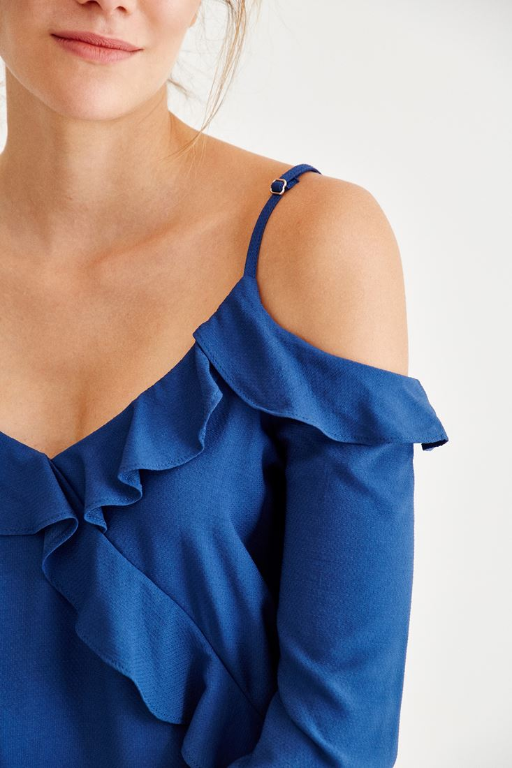 Bayan Mavi Omuzları Açık Fırfır Detaylı Bluz