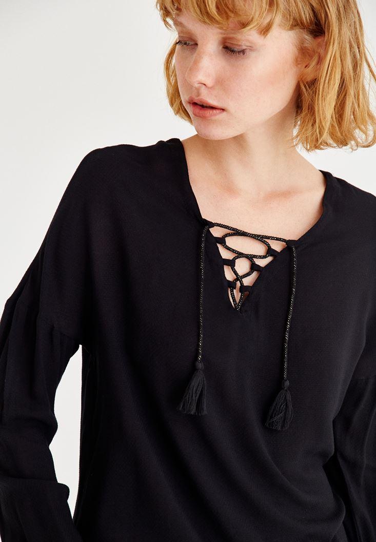 Bayan Siyah Biye Detaylı Uzun Kollu Bluz