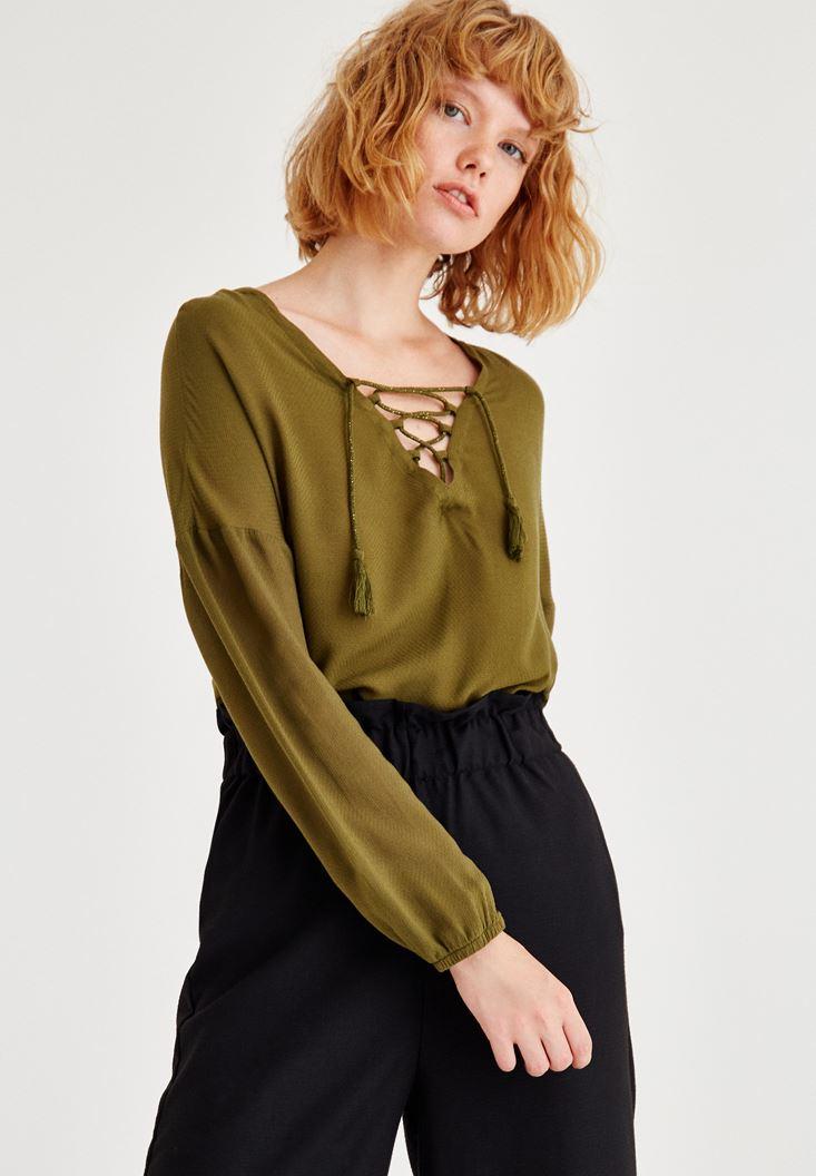Yeşil Biye Detaylı Uzun Kollu Bluz