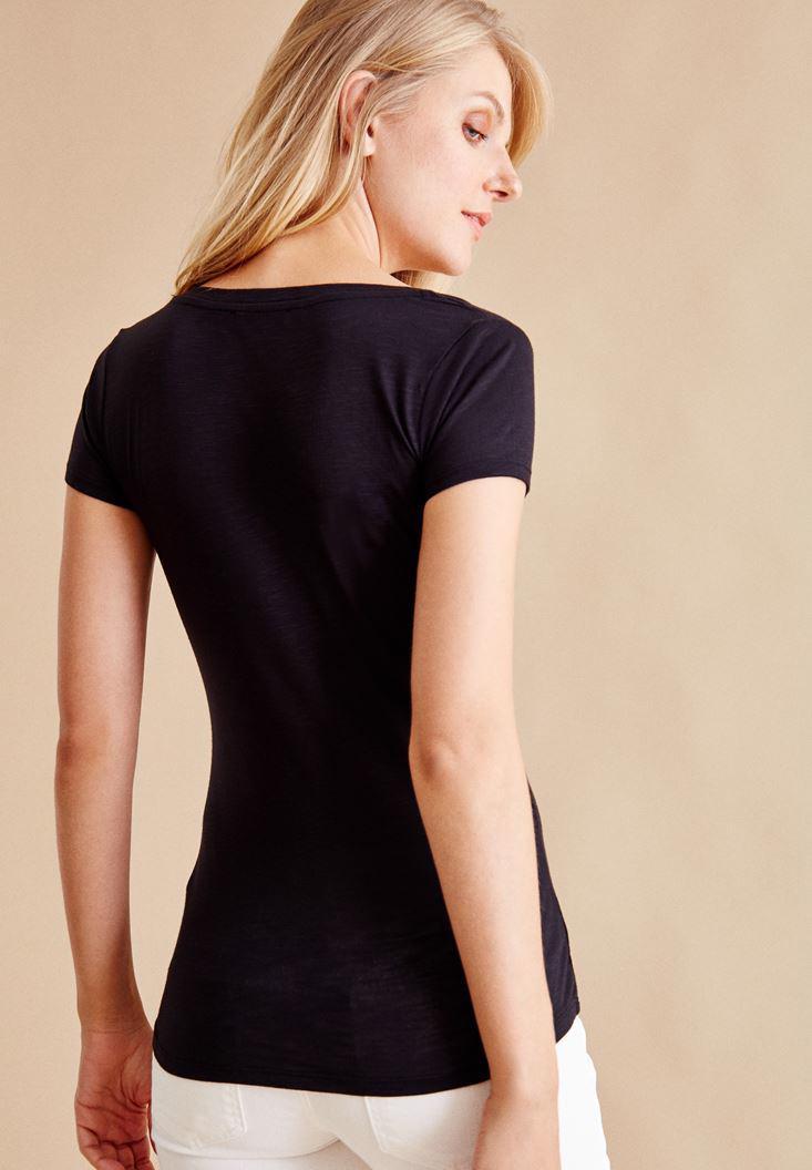 Bayan Siyah V Yaka Yarım Kollu Tişört