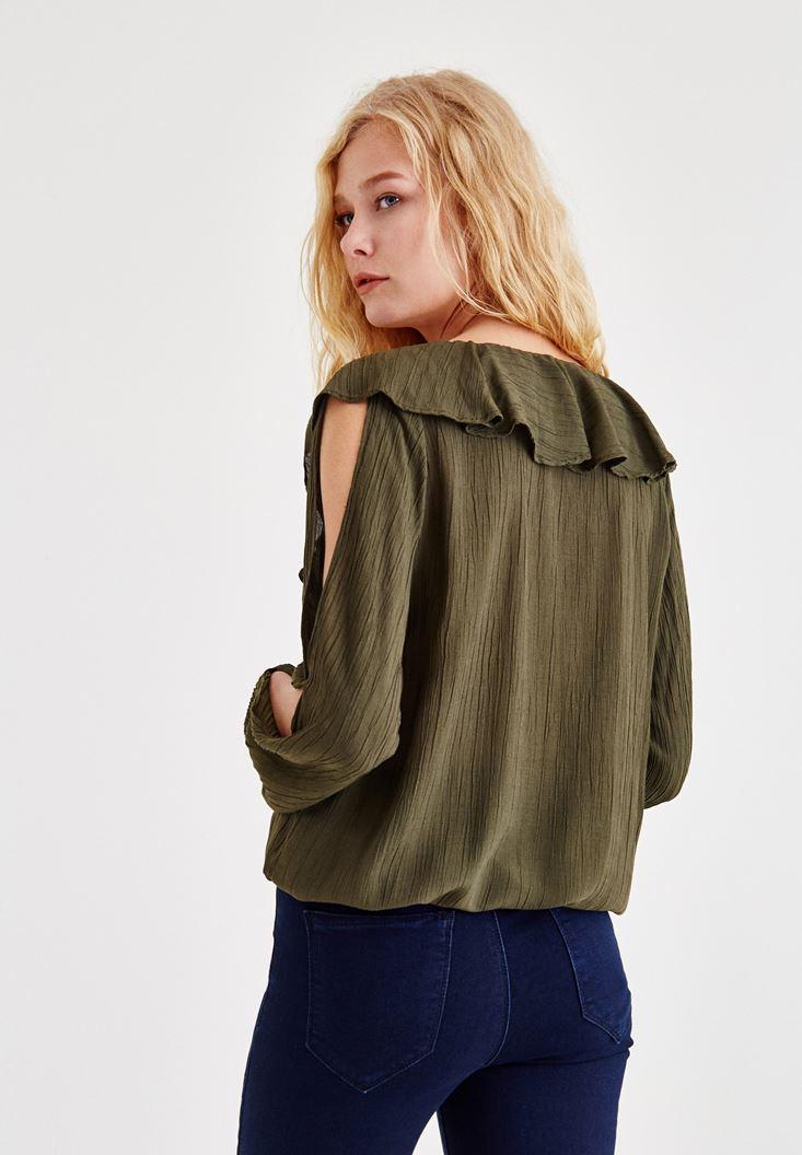 Bayan Yeşil Kol Detaylı Önü Fırfırlı Bluz