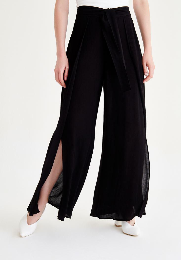 Siyah Yırtmaç Detaylı Pantolon