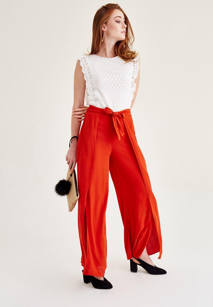 Bayan Kırmızı Yırtmaç Detaylı Pantolon