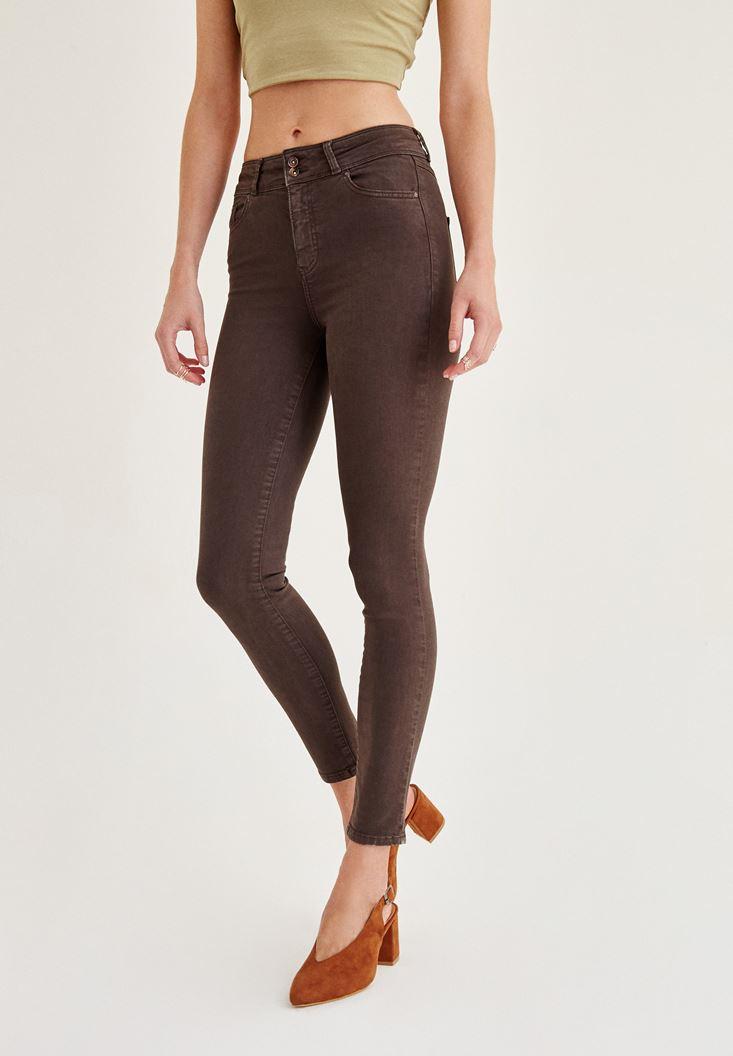 Kahverengi Pantolon ve Denim Ceket Kombini
