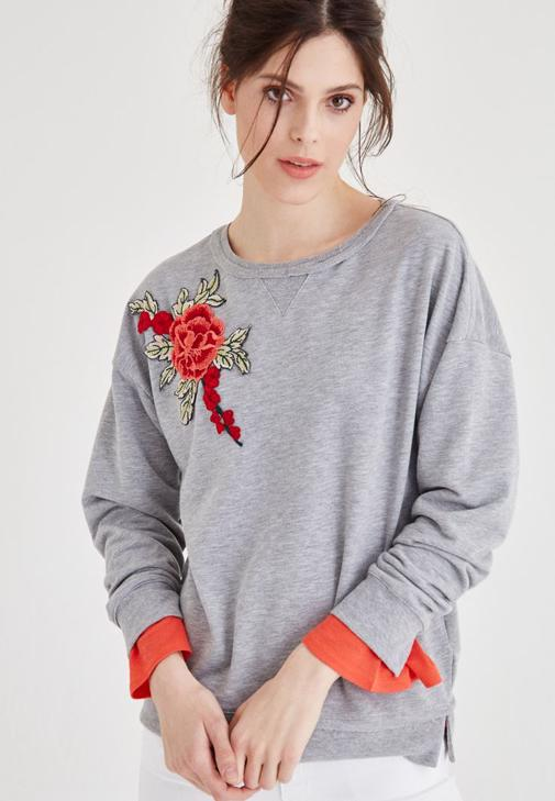Gri Çiçek Nakışlı Dökümlü Sweatshirt