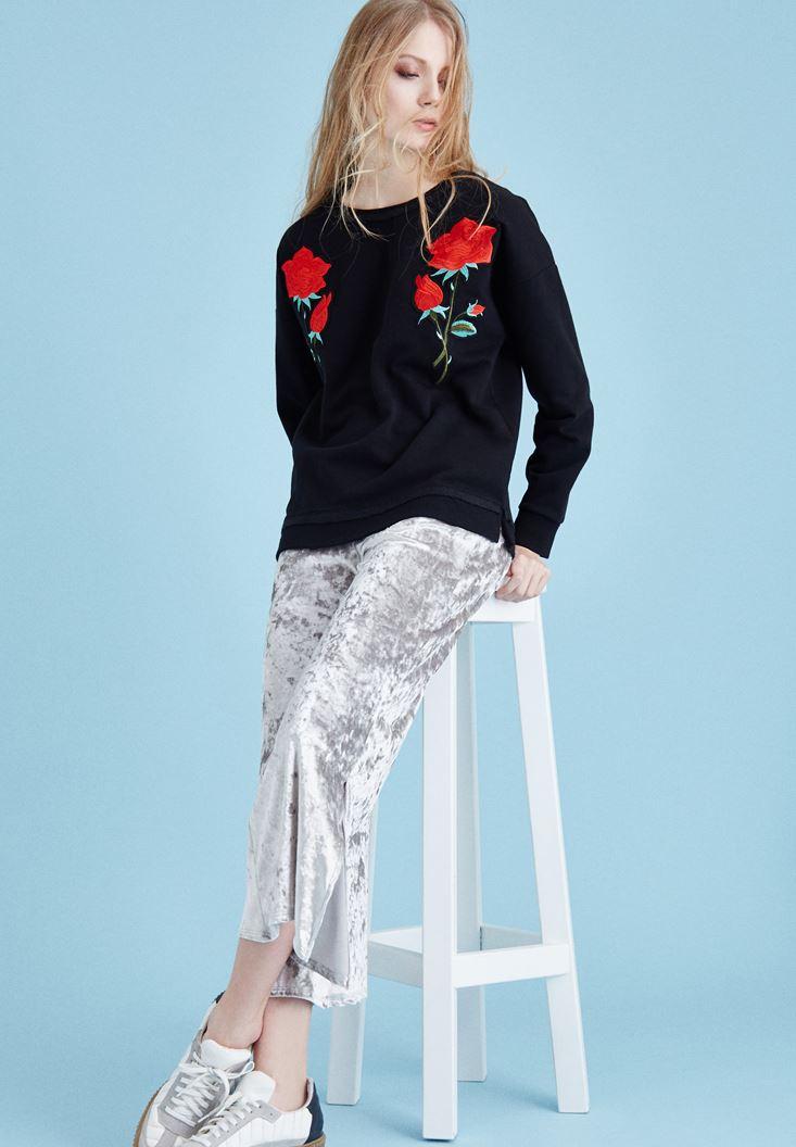 Siyah Nakışlı Sweatshirt