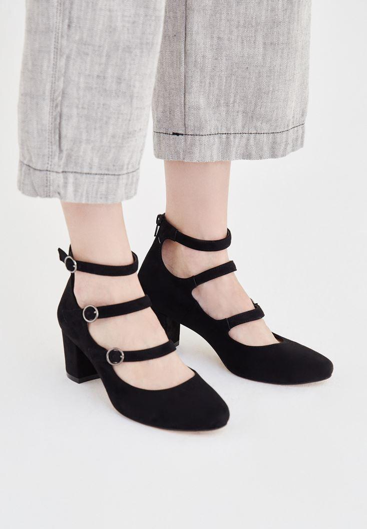 Siyah Toka Detaylı Topuklu Ayakkabı