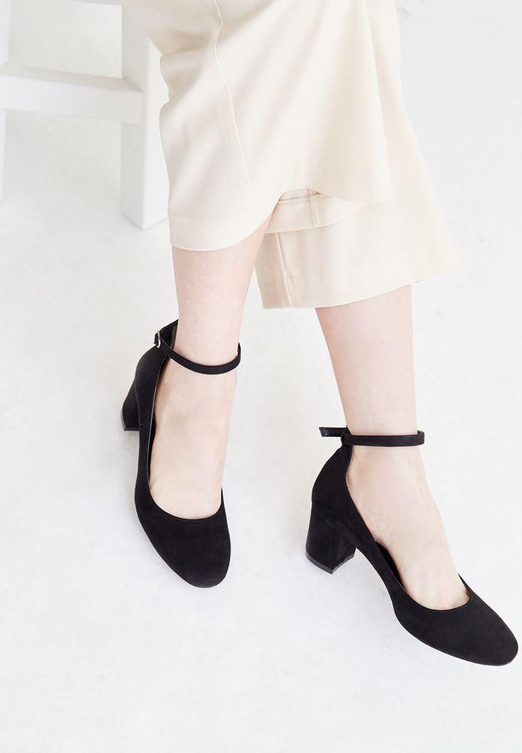 Siyah Bilekten Bağlamalı Süet Ayakkabı