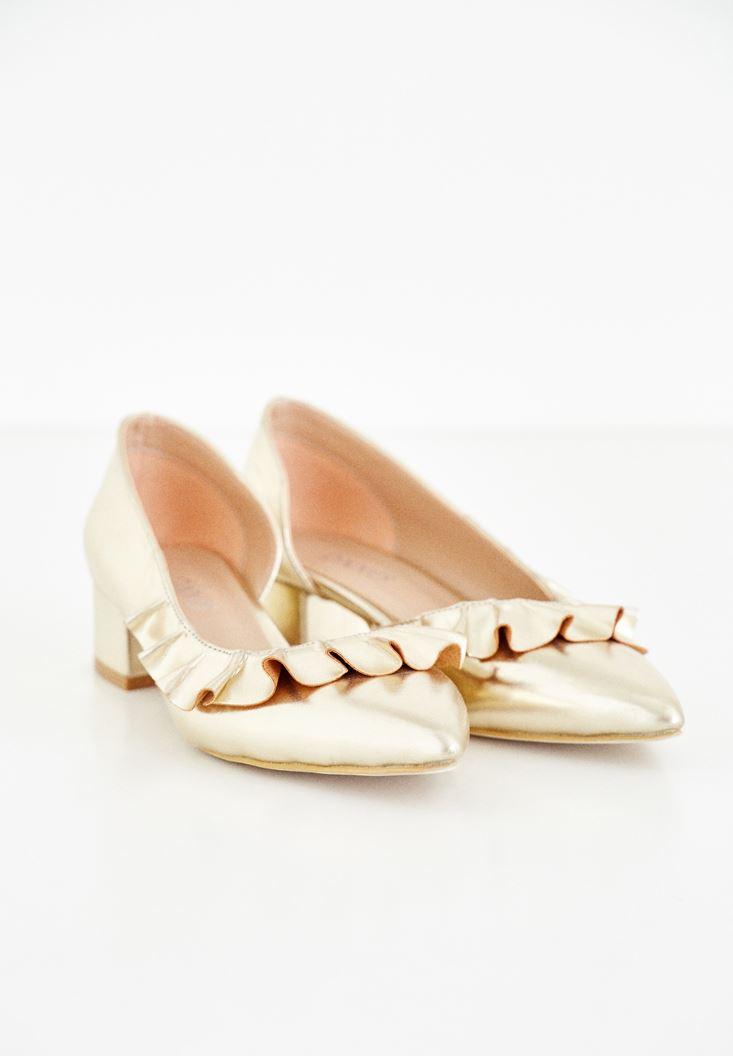 Fırfır Detaylı Ayakkabı