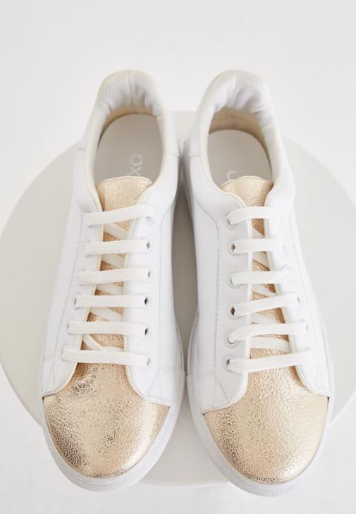 Çok Renkli Metalik Detaylı Spor Ayakkabı