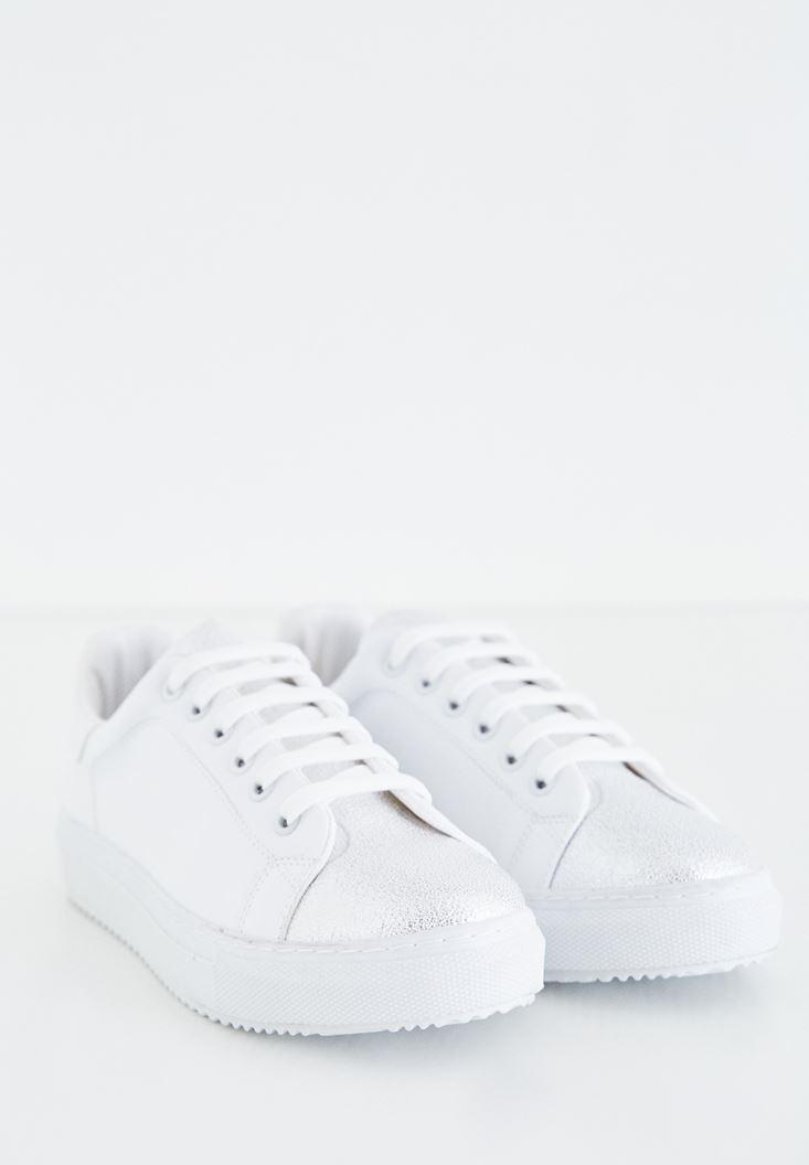 Beyaz Metalik Detaylı Spor Ayakkabı