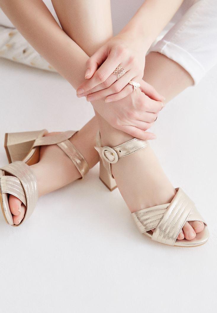 Bayan Altın Bilekten Bağlamalı Topuklu Ayakkabı