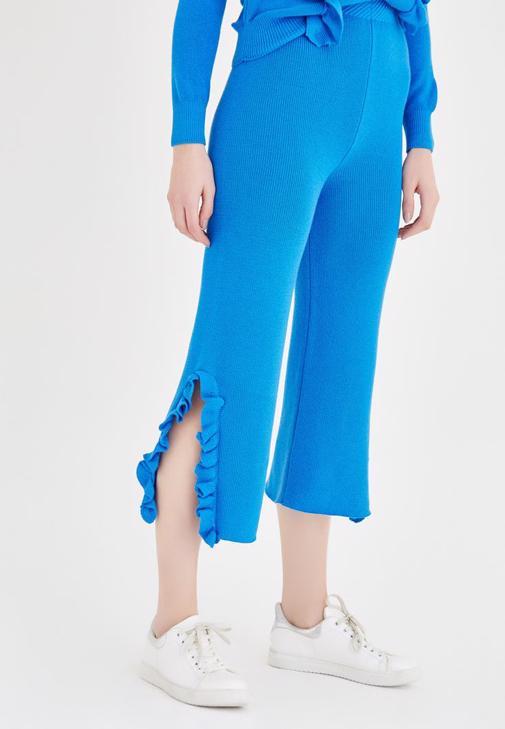 Mavi Fırfır Detaylı Triko Pantolon