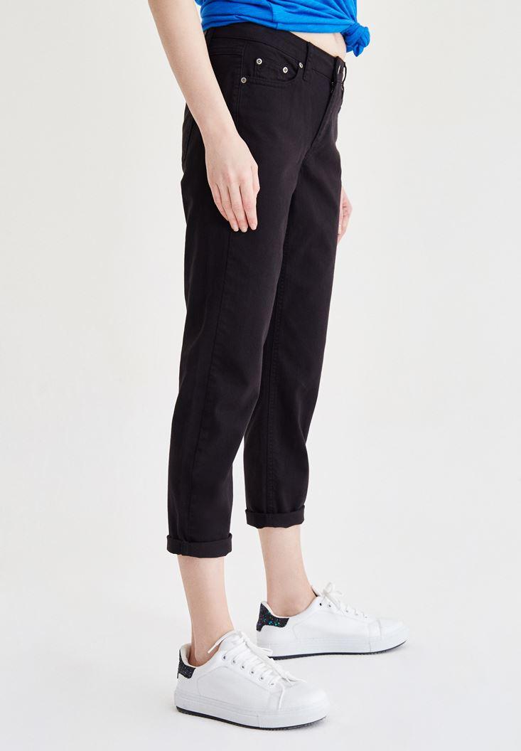 Bayan Siyah Kısa Paça Slim Boyfriend Pantolon