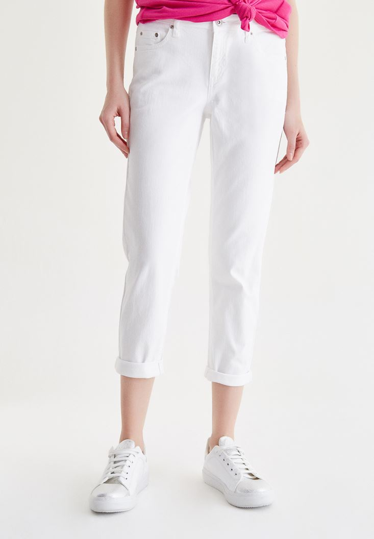 Bayan Beyaz Kısa Paça Slim Boyfriend Pantolon