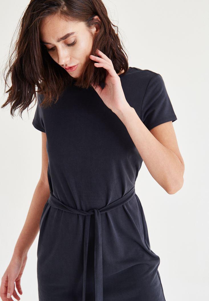 Bayan Siyah Kemer Detaylı Elbise