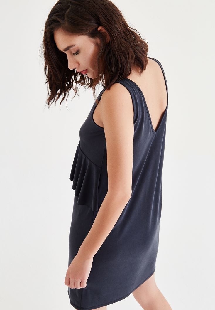 Bayan Siyah Kolsuz Fırfır Detaylı Elbise