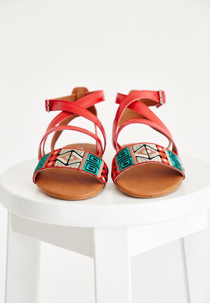 Bayan Kırmızı Etnik Desenli Sandalet