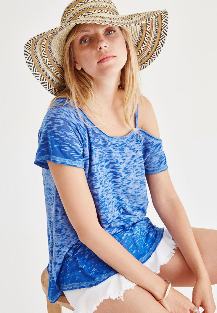 Mavi Omuz Detaylı Tişört