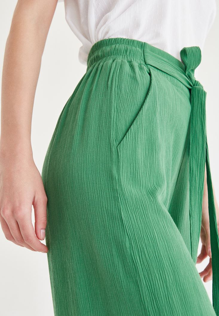 Bayan Yeşil Kısa Bol Pantolon
