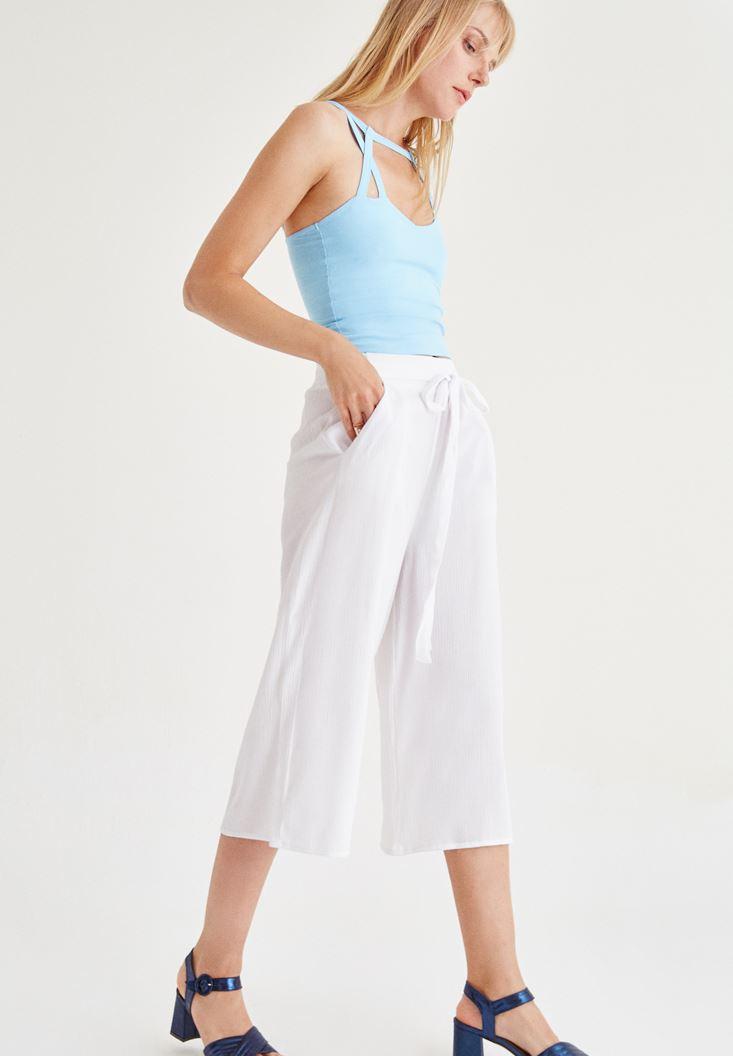 Beyaz Kısa Bol Pantolon