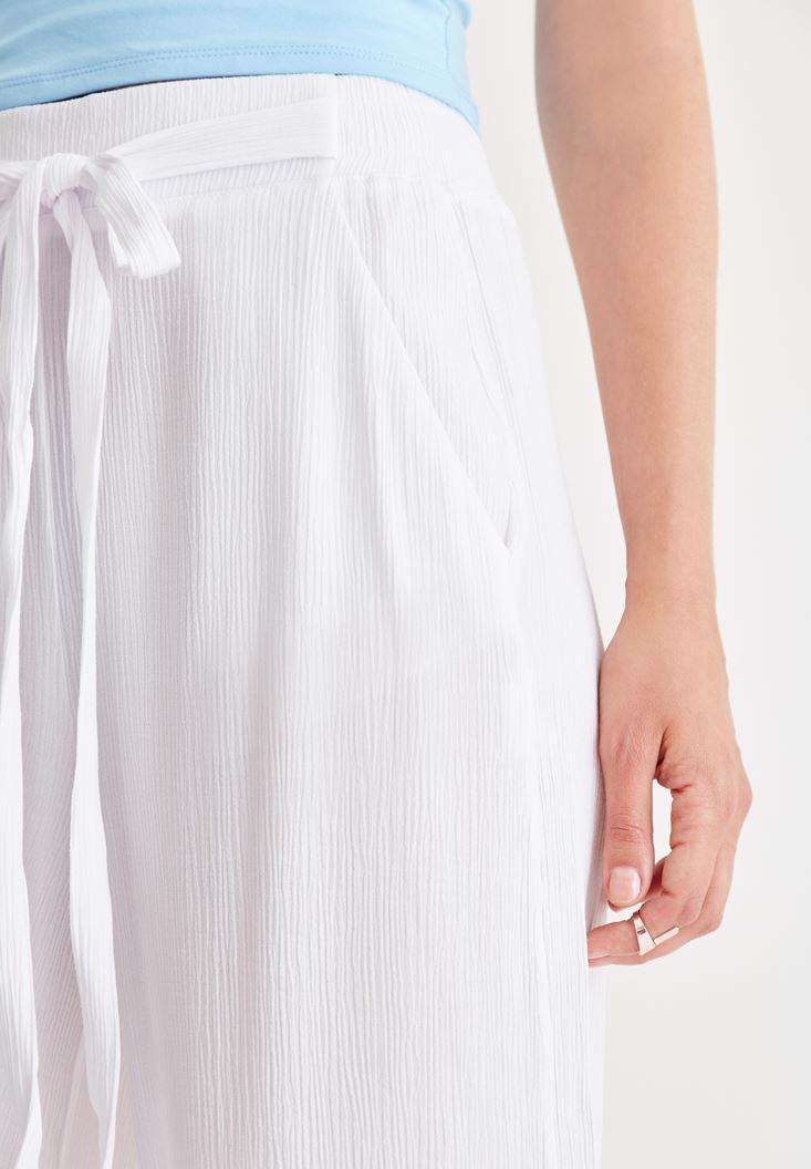 Bayan Beyaz Kısa Bol Pantolon