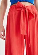 Bayan Kırmızı Beli Kuşak Detaylı Bol Pantolon