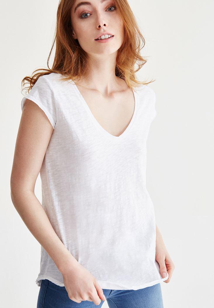 V Yaka Pamuklu Tişört