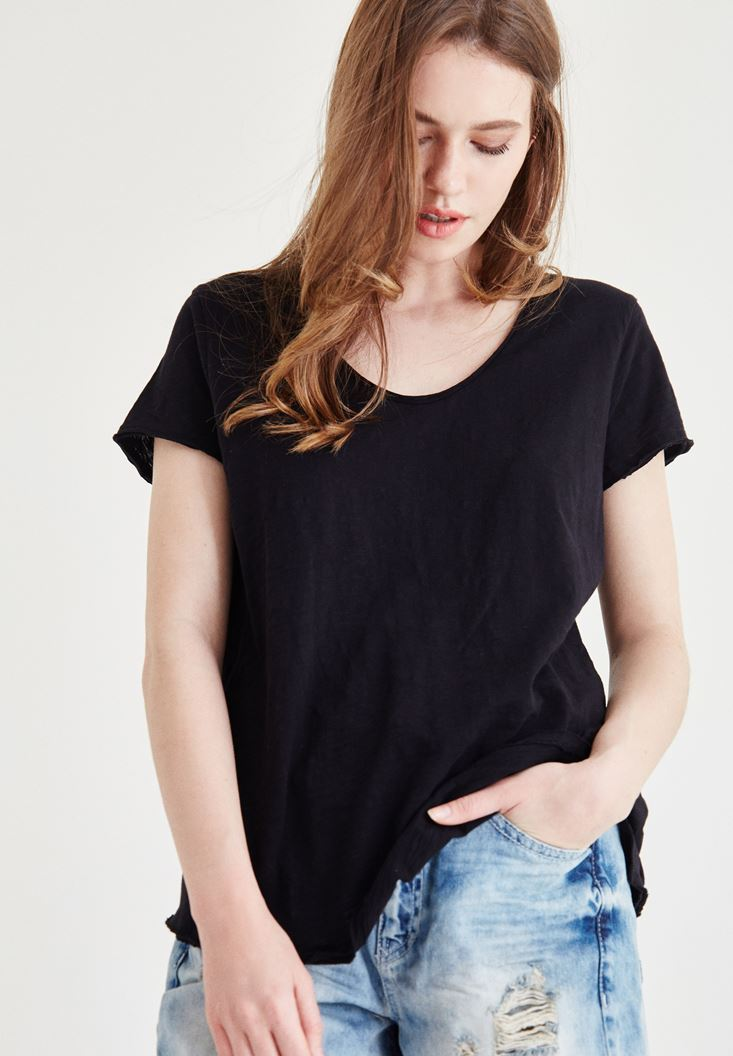 Bayan Siyah V Yaka Tişört