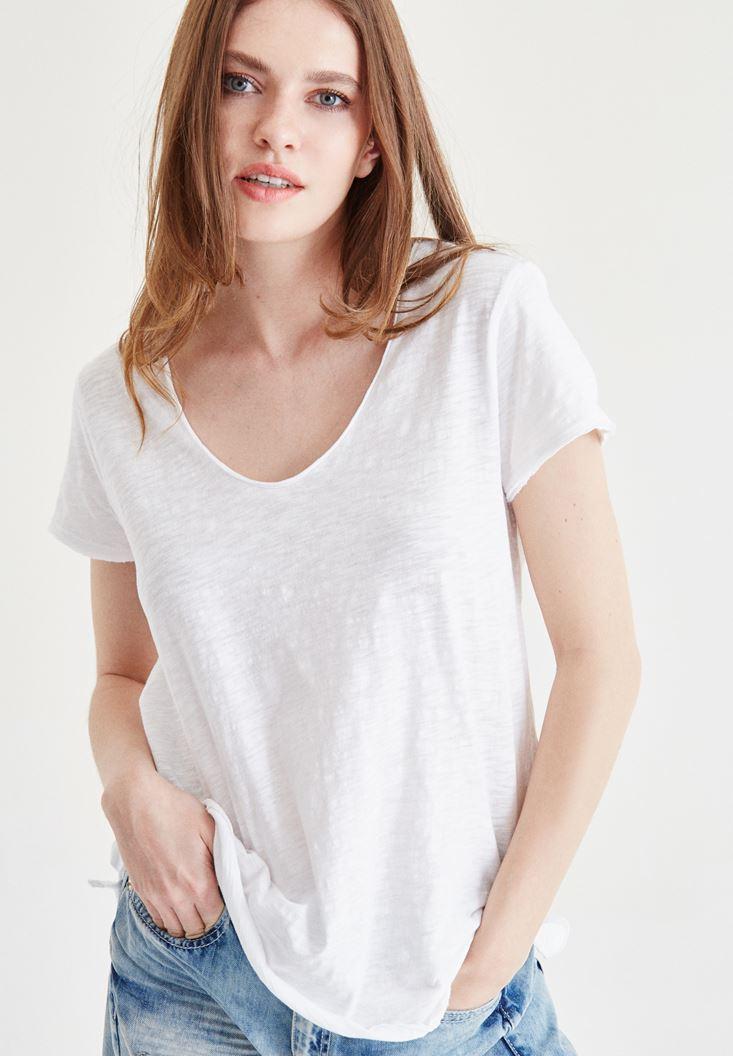 Beyaz V Yaka Tişört