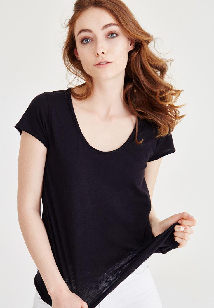 Siyah U Yaka Basic Pamuklu Tişört